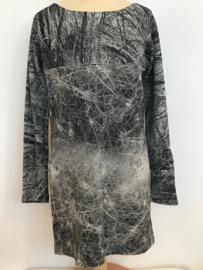 Popupshop jurk voor meisje van 9 / 10 jaar met maat 134 / 140