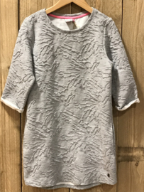 Vingino jurk voor meisje van 9 / 10 jaar met maat 134 / 140