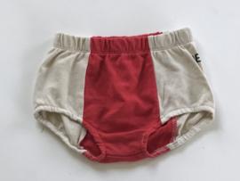 Bandy Button badstof broekje voor meisje van 6 / 7 jaar met maat 116 / 122