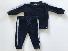 Z8 broekje voor jongen van 3  maanden met maat 62