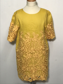 Stella Mc Cartney jurkje voor meisje van 10 jaar met maat 140