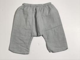 Bonton broekje zacht voor jongen of meisje van 6 maanden met maat 68