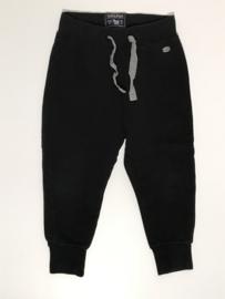 Woolrich broek voor jongen van 4 jaar met maat 104