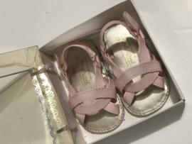 Mayoral sandaaltjes voor meisje met schoenmaat 17