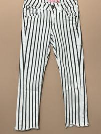 Vingino spijkerbroek voor meisje van 7 jaar met maat 122
