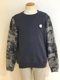Antony Morato trui voor jongen van 10 jaar met maat 140