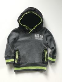 Vingino hoodie voor jongen van 5 jaar met maat 110