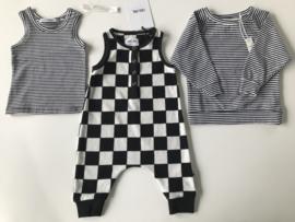 CarlijnQ jumpsuit voor meisje of jongen van 9 / 12 maanden met maat 74 / 80