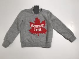 Dsquared2 trui voor jongen van 10 jaar met maat 140