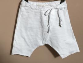 Babe en Tess broekje voor jongen of meisje van 1 maand met maat 56