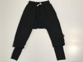 Nununu jogging broek voor jongen van 2 / 3 jaar met maat 92 / 98
