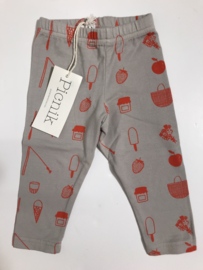 Picnik legging voor jongen of meisje van 3 maanden met maat 62