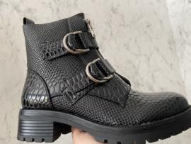 Croco boots