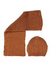 Nono knitted scarf and hat set