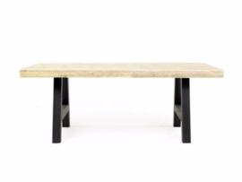 Tafel nieuwe steigerplanken en een houten Trapezium A onderstel