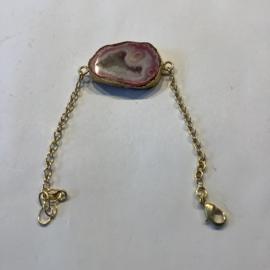 Agaat Geode (gekleurd ) armband brass op zilver plated totaal lengte 19,5 cm
