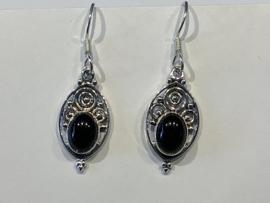 Nepalees design oorhanger 2 a 3 cm Onyx zwart