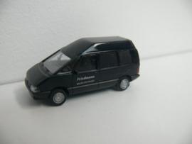 Busch Renault Espace Friedmann Bestattungen begrafenis auto