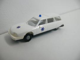 Revell / Praline Citroën CX Break Ambulance ovp 83305