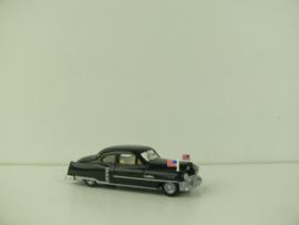 Praline 1:87 Nr.  83408 Cadillac Limousine USA staatsvlaggen ovp