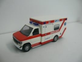 Busch Ford E350 Ambulance AAD Oost Amicon