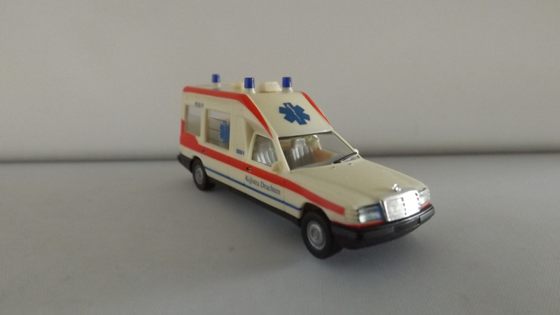 Herpa Mercedes Miesen Bonna Ambulance Kijlstra Drachten 42123