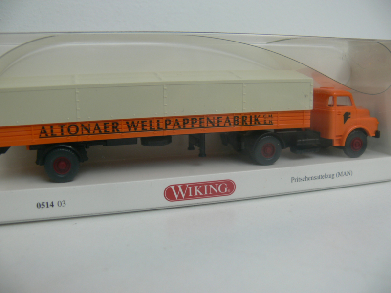 Wiking Vrachtwagen MAN Hauber Pritsche-/Planensattelzug Altonaer Wellpappenfabrik ovp 051403