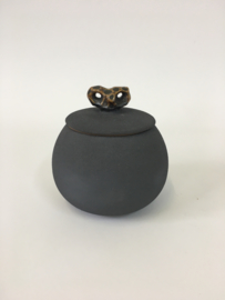 Urn antraciet met gravure 9cm