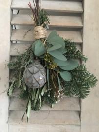 Kerst kransen en toeven