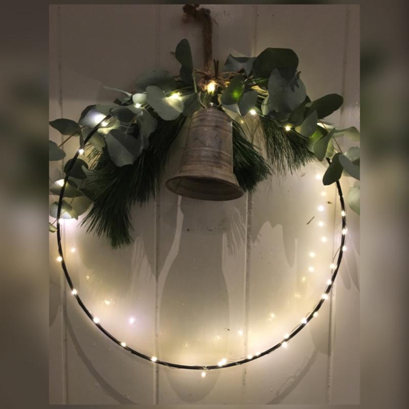 Kerstring met verlichting