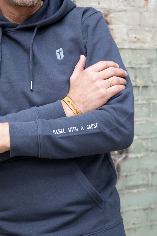 Hoodie Unisex – Ink Grey - met of zonder 'Rebel with a cause' tekst