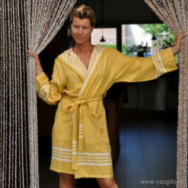 Hammam bathrobe hood yellow