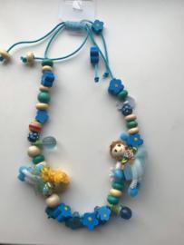 Collier twee poppetjes blauw