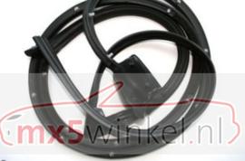 Deurrubber gebruikt voor de Mazda MX-5 voor de NA