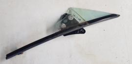 Raamstijl met Zijruitje  (portierruitje) LINKS gebruikt voor de Mazda MX-5 NC