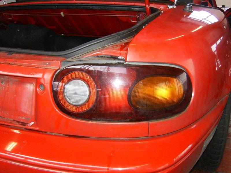 Verkocht = Rechter Achterlicht gebruikt voor de Mazda MX5 MX-5 NA
