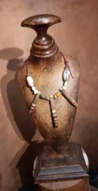 Halsketting met hanger van zee-egel