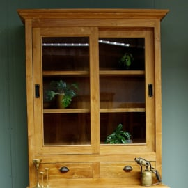 Teak houten vitrine