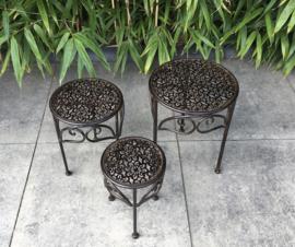 3-delig set van bruin ijzeren bloementafeltjes