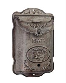 Gietijzeren brievenbus verticaal