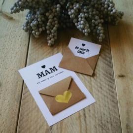 Envelopkaart ''Wij willen je iets vertellen'' - mam