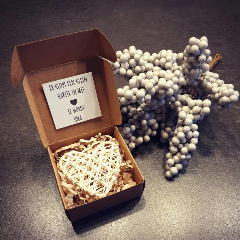 A tiny heart - Je wordt oma