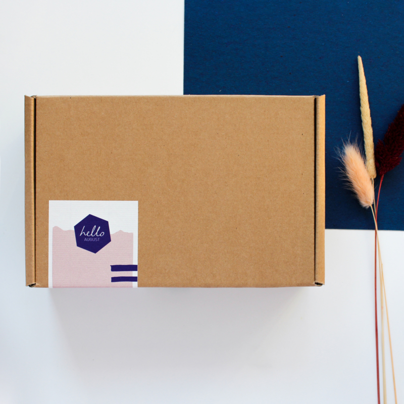 NEW // 50-MOMENTS-IN-A-BOX - DUTCH