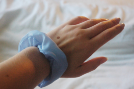 scrunchie light blue (lining)