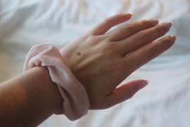 scrunchie light pink (velvet)