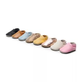 Babyshoes yellow