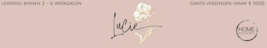Home Revolution - Lucie des Fleurs