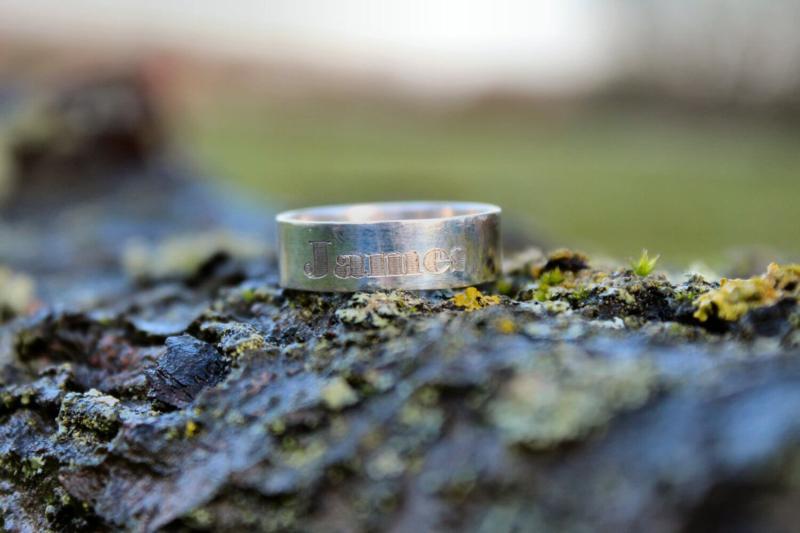 Tekst ring breed