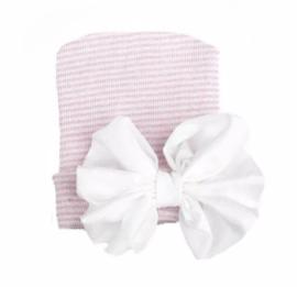 Geboorte mutsje grote strik | roze met witte strik