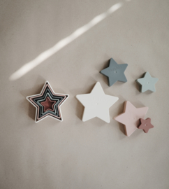 Nesting Star